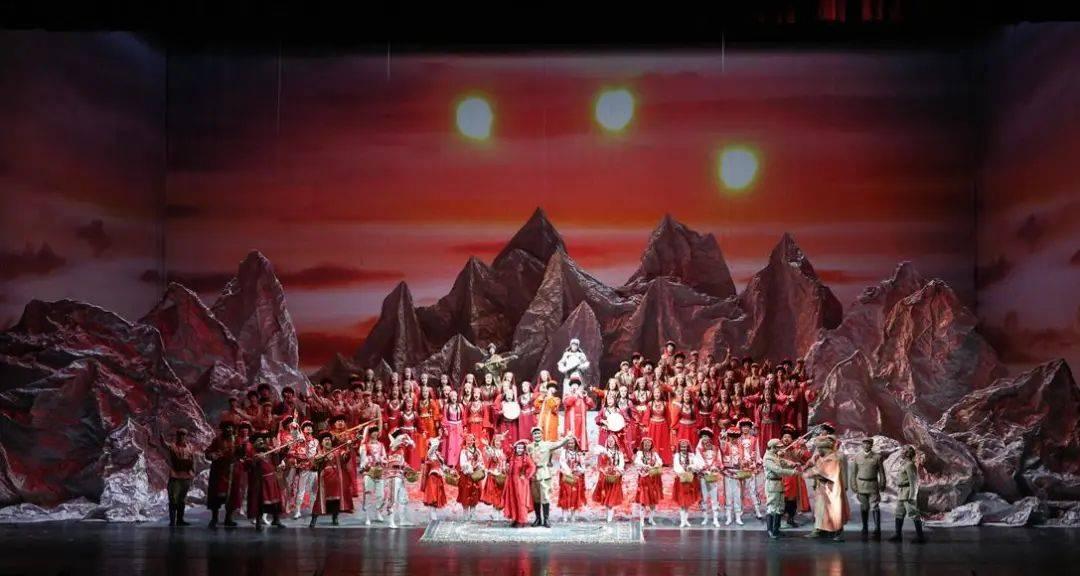 经典重现!歌剧《冰山上的来客》