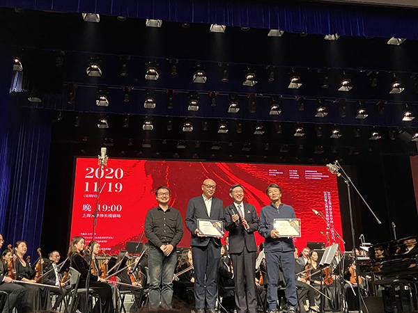 《一句顶一万句》被改编为音乐剧,刘震云受聘上大客座教授