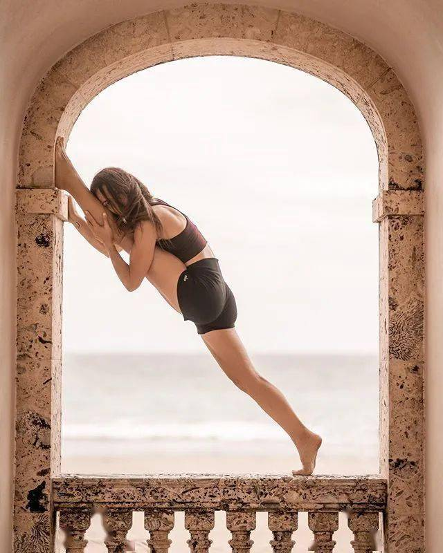瑜伽辣么久,高难度体式还是做不到?这16个动作你要经常练!_身体