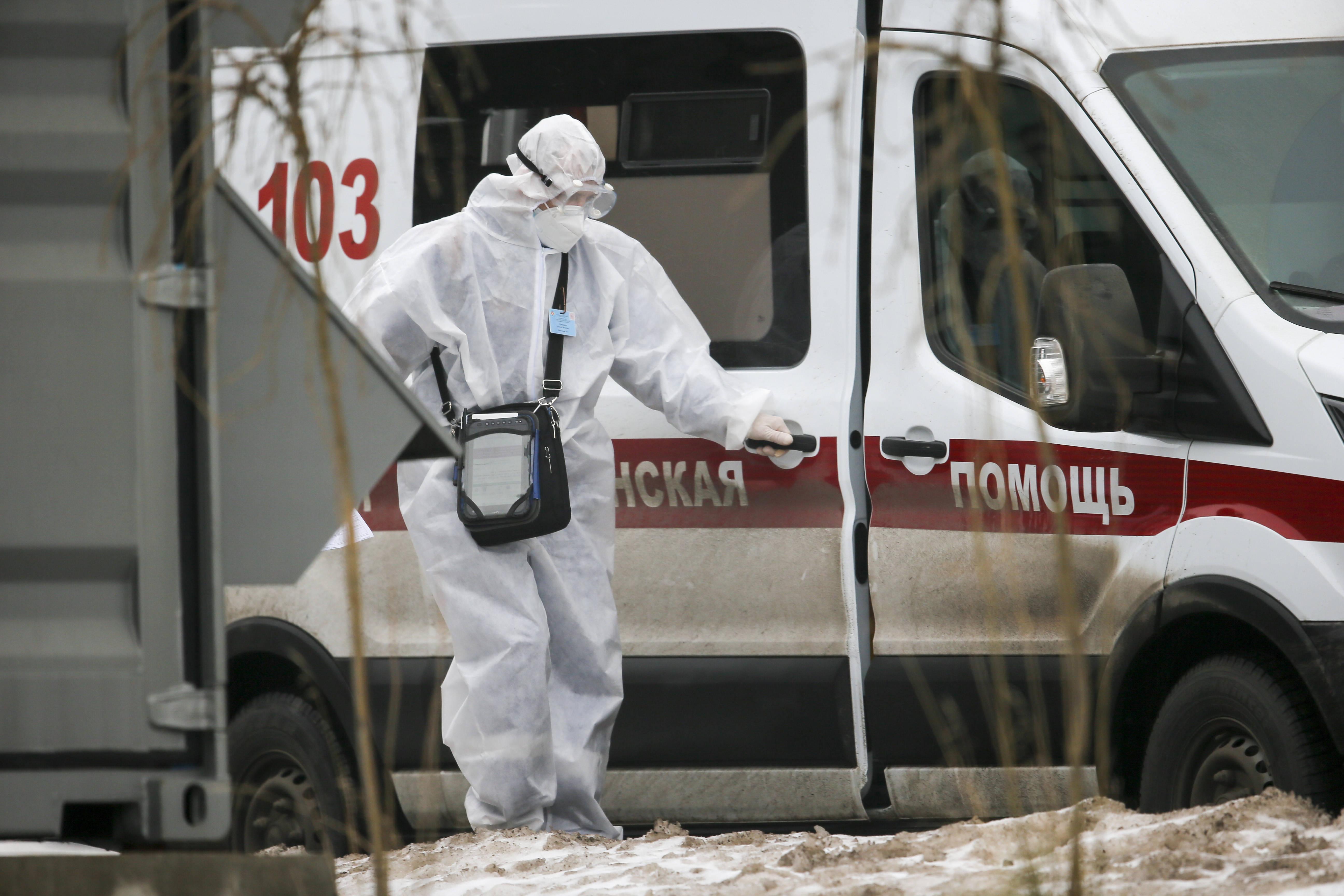 俄罗斯累计新冠确诊病例达2215533例