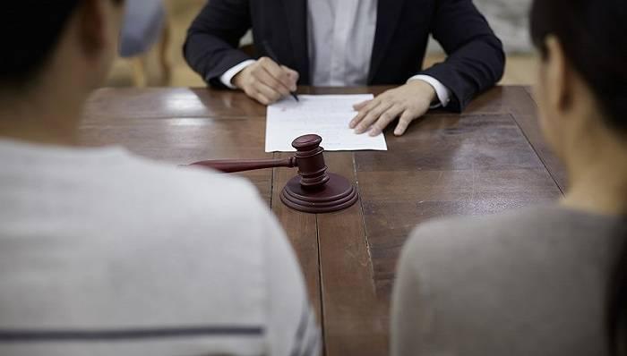 民政部:家暴不适用离婚冷静期制度,当事人可起诉离婚