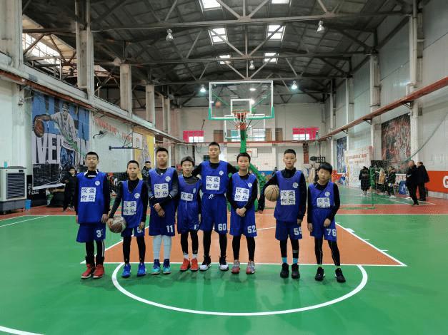 """""""青岛球王""""系列赛篮球比赛校园组开打"""