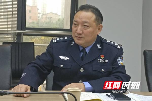 """株洲民警刘宏伟:疫情防控一线""""铁榔头"""""""