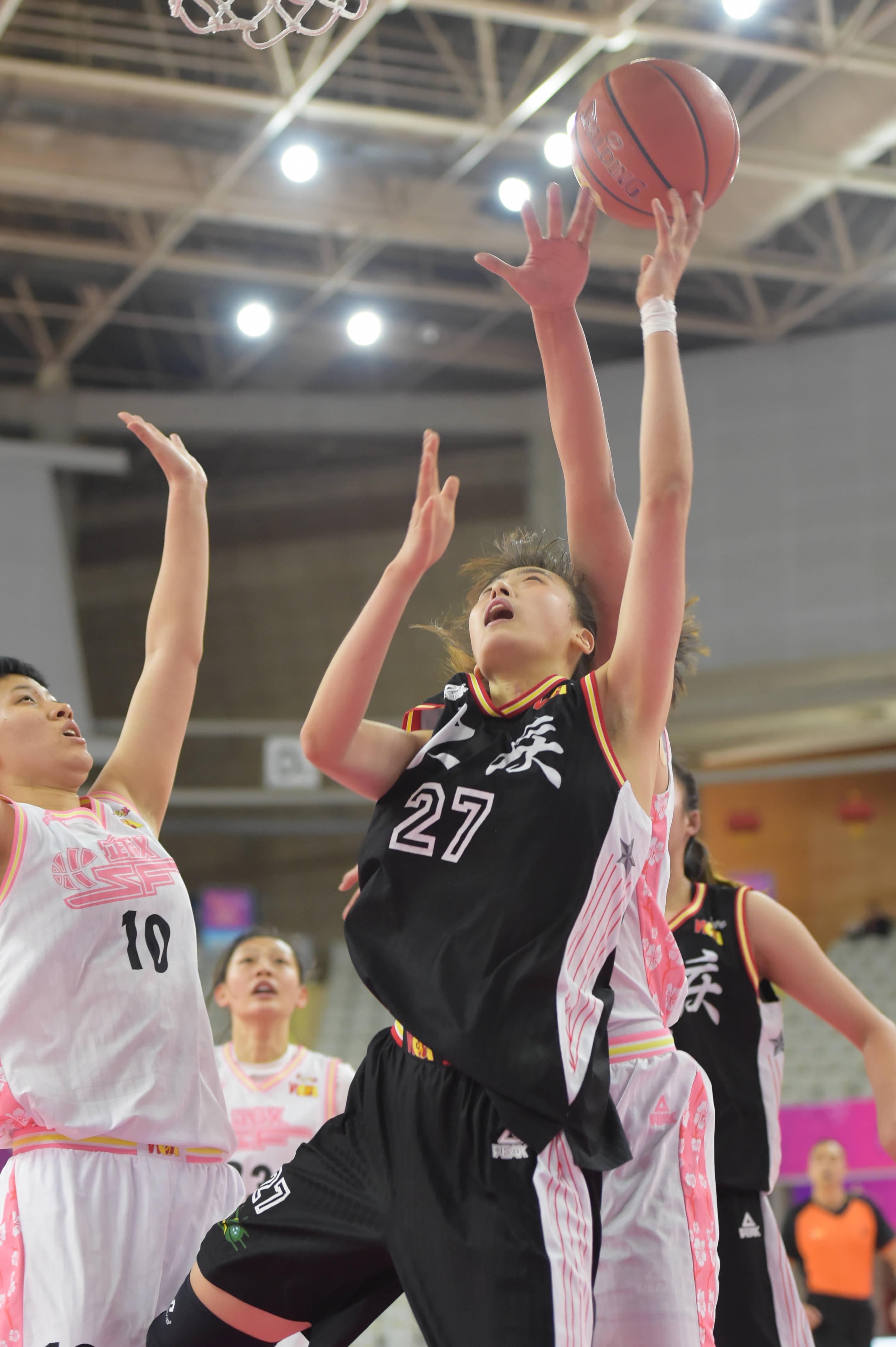 篮球——WCBA:武汉盛帆胜大庆农商行