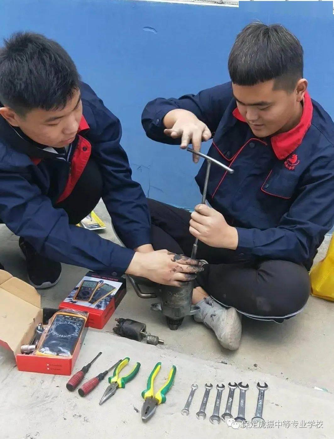 学习汽车修理需要更多的实践教学