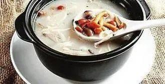 天冷就该喝汤啦,但是,这一类人群,这些汤,别碰......
