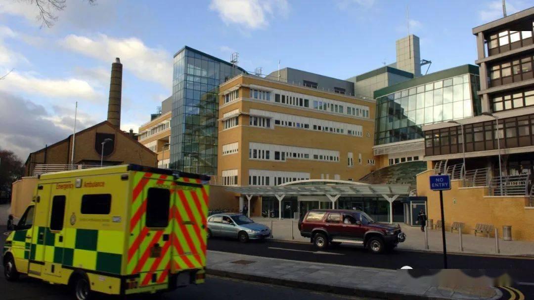 """英国重启方舱医院!变异毒株能在各年龄段中快速传播 伦敦3家医院ICU病房""""满员"""""""