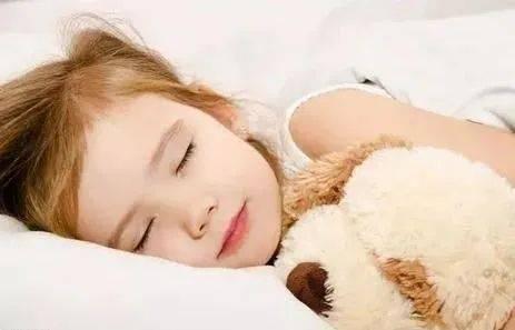孩子三岁前和谁睡觉会影响孩子的生活品质