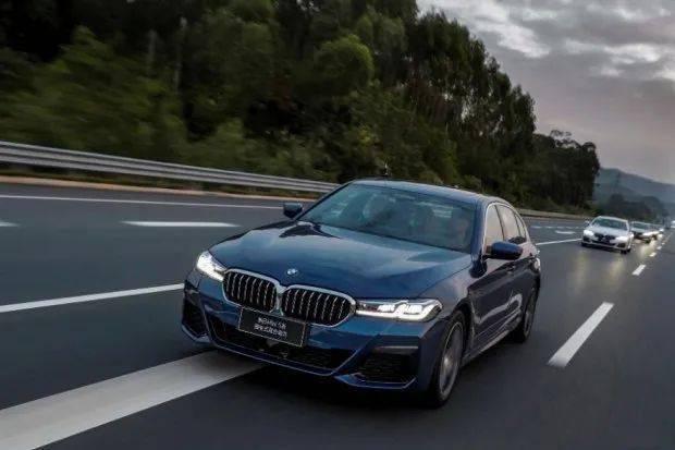 新款宝马535Le邀请您开启驾驶兴趣的新领域