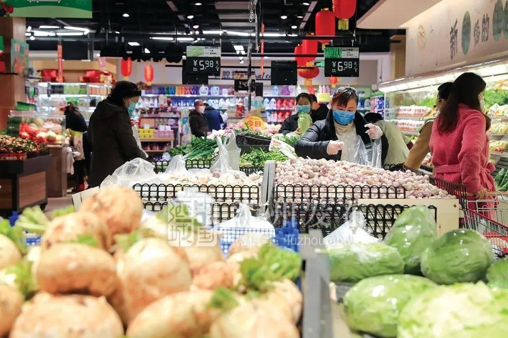 商务部发布最新通知:顾客不戴口罩可拒绝其进入商场、超市