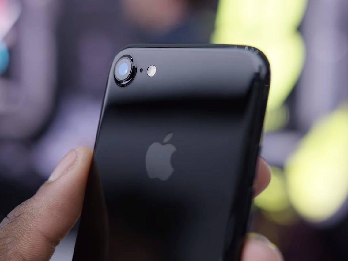 后壳,可能是一部手机最性感的部分