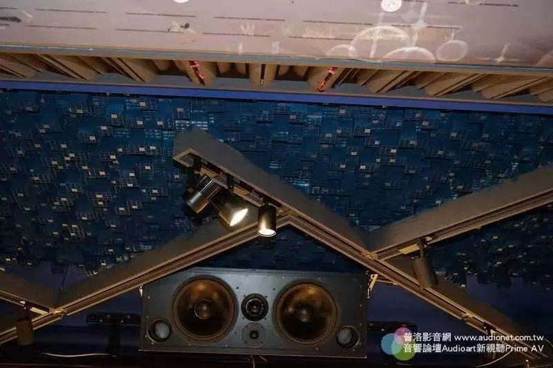 【烧友家访】以淘宝建声材料打造出超跑级音效空间:詹君仪