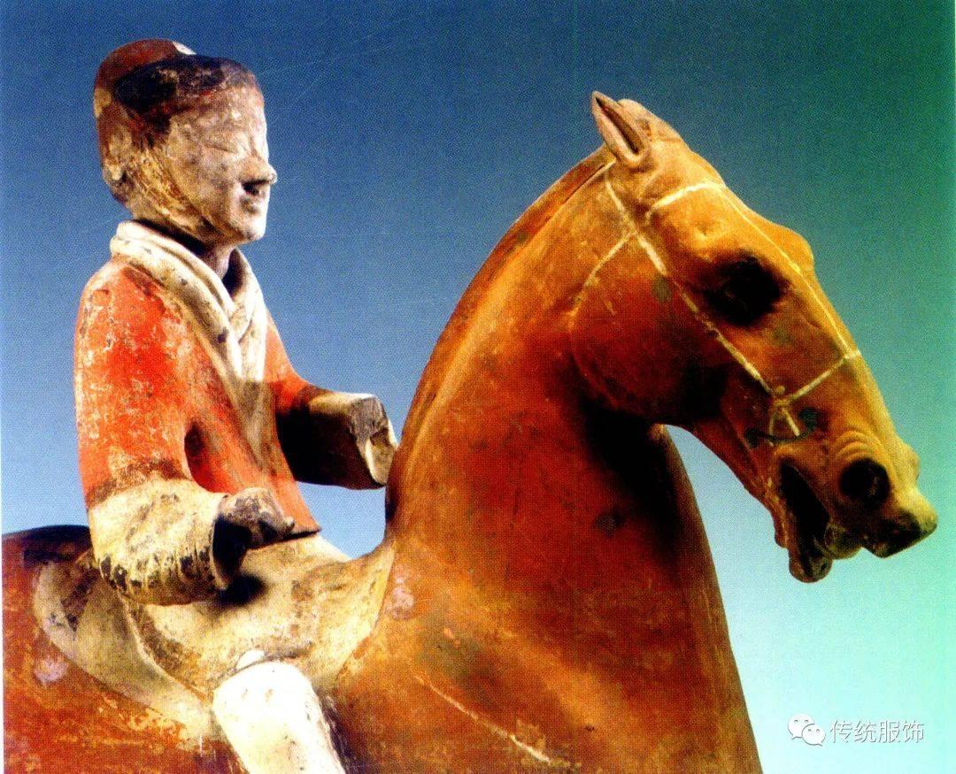 孩子不够,人不够?彩绘的杨家湾兵马俑比秦俑更早惊叹于世界
