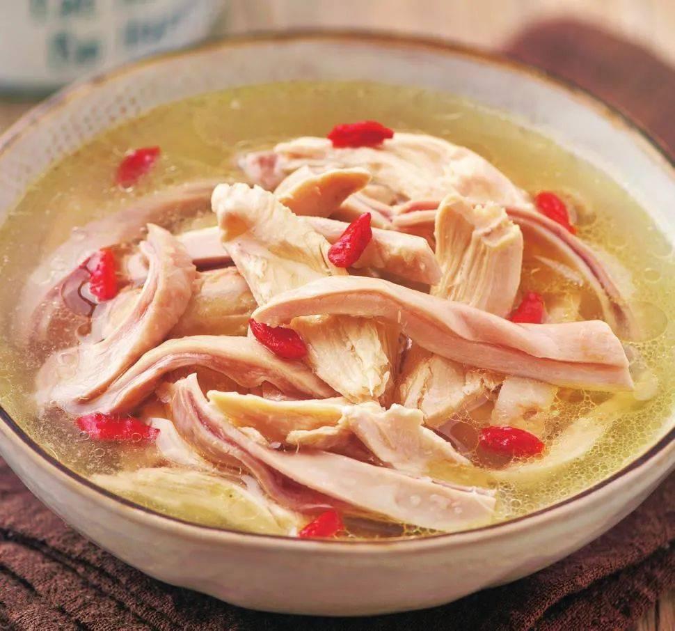 """都说""""以形补形"""",用这种食材煲汤,滋养脾胃,增食欲,汤鲜肉香"""
