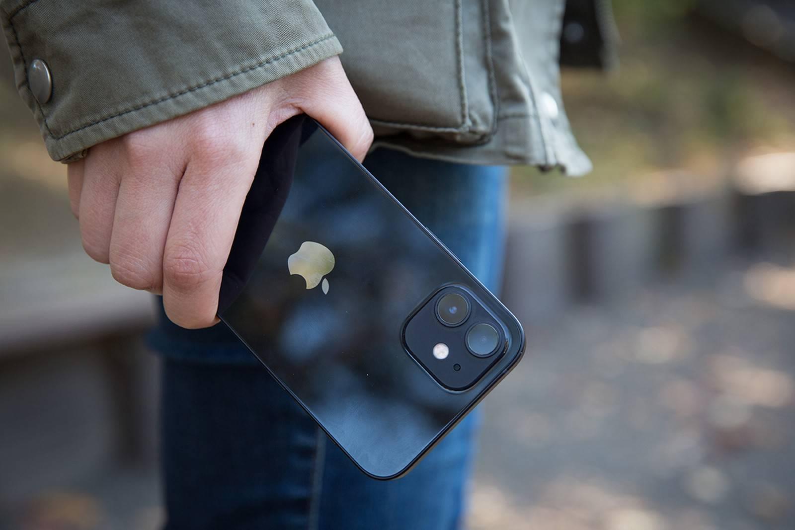 等了三年!iPhone 13要对刘海下手,尺寸有变!