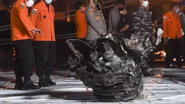 印尼国家运输安全委员会:调查显示失事飞机不太可能在空中爆炸