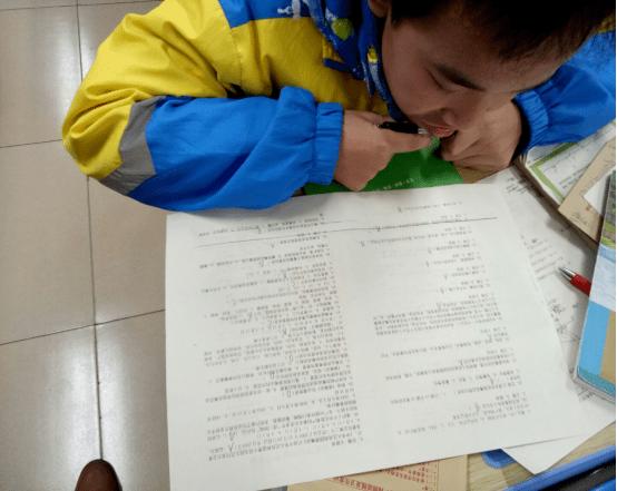 鹿寨县鹿寨中学开展2020年期末禁毒测试