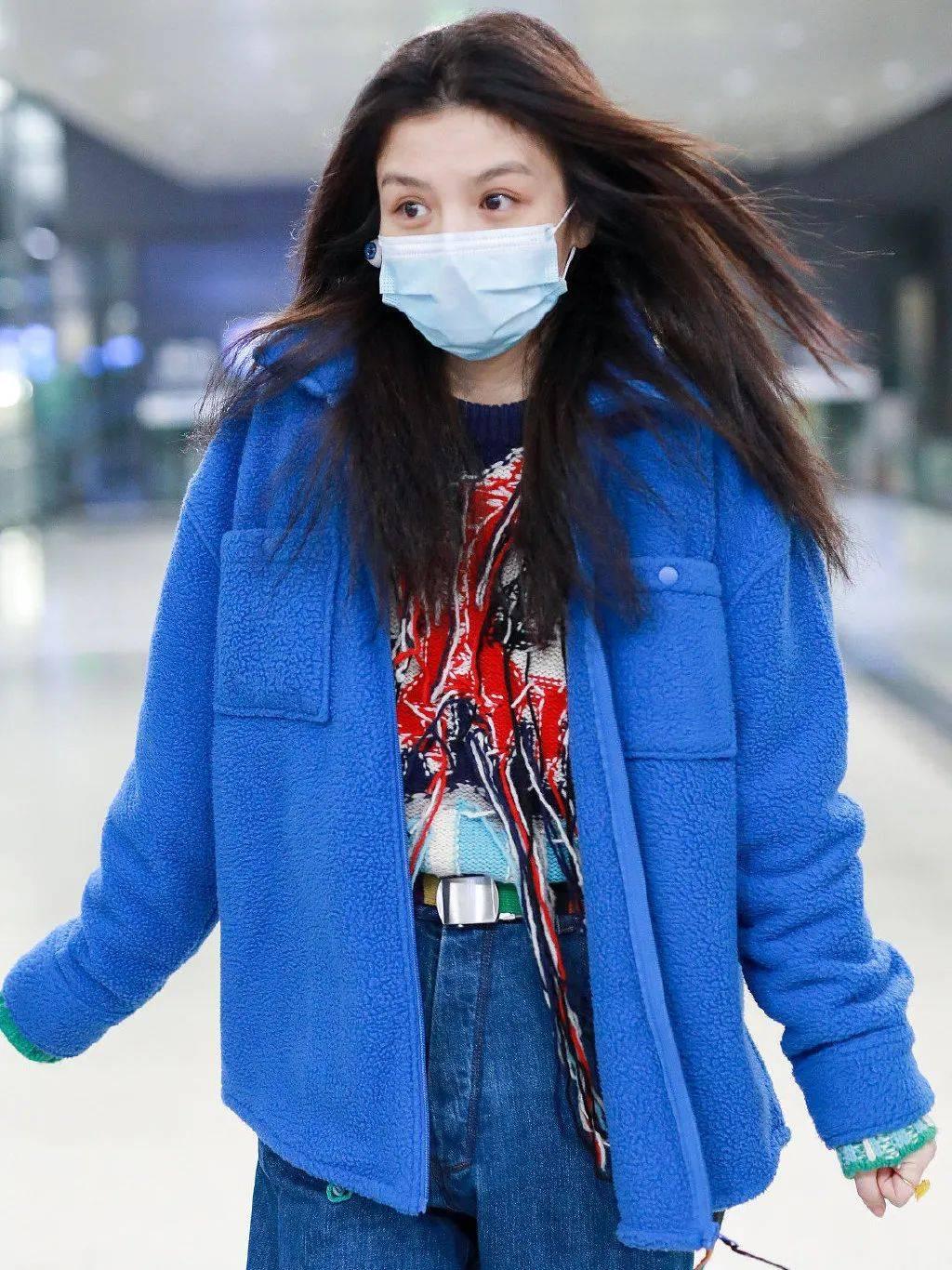 赵露思说她冬天最爱毛毛衣了!