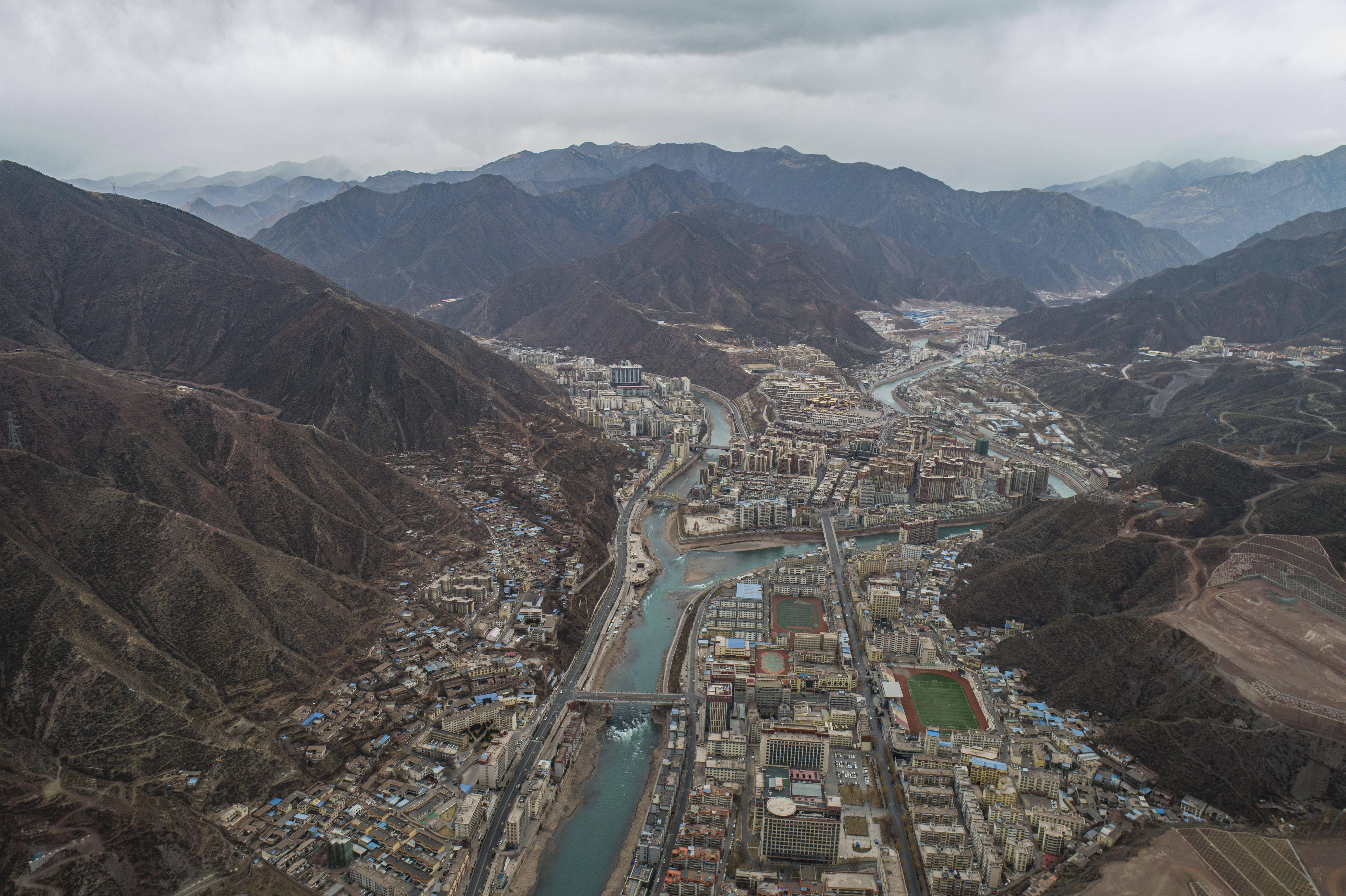 """鸟瞰""""藏东明珠""""——西藏昌都"""