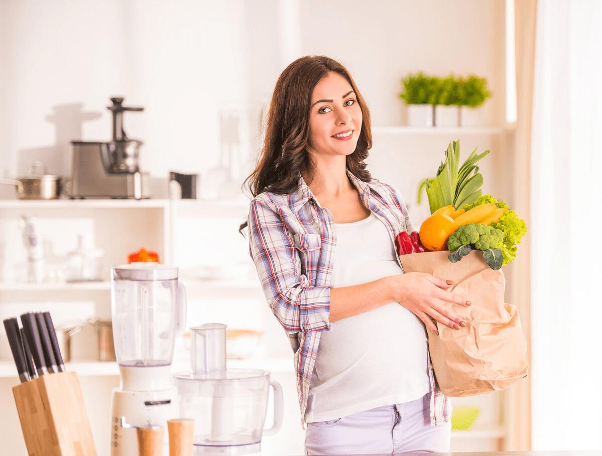 研究表明,怀孕三个月后,胎儿最怕的不是孕妈熬夜,而是这个习惯