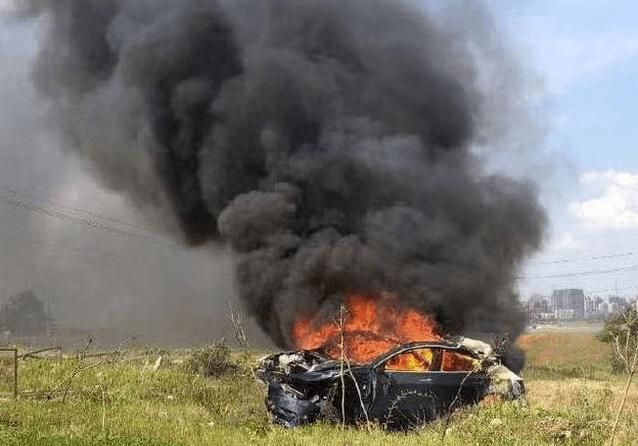特斯拉自动加速致事故 员工曾自曝偷工减料