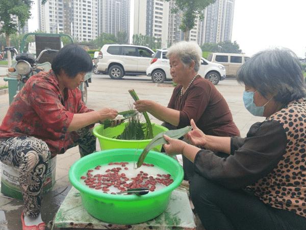 粽香飘浓端午,感悟乡居假日香荟超市风土情