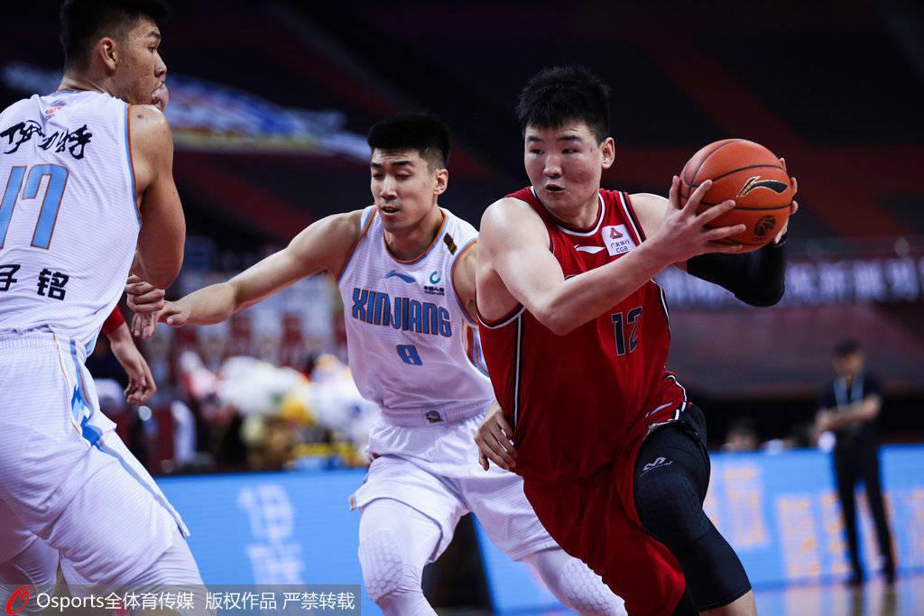 顾全直言篮板输得创历史:与新疆球员实力差距大