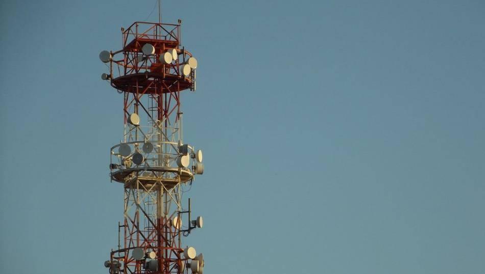 4G越用越慢?4G降速之谜背后,到底是不是移动联通电信的锅?