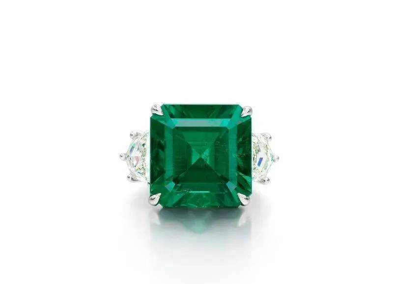 1块钱就敢起拍的钻石,竟然拍出了1.2亿!