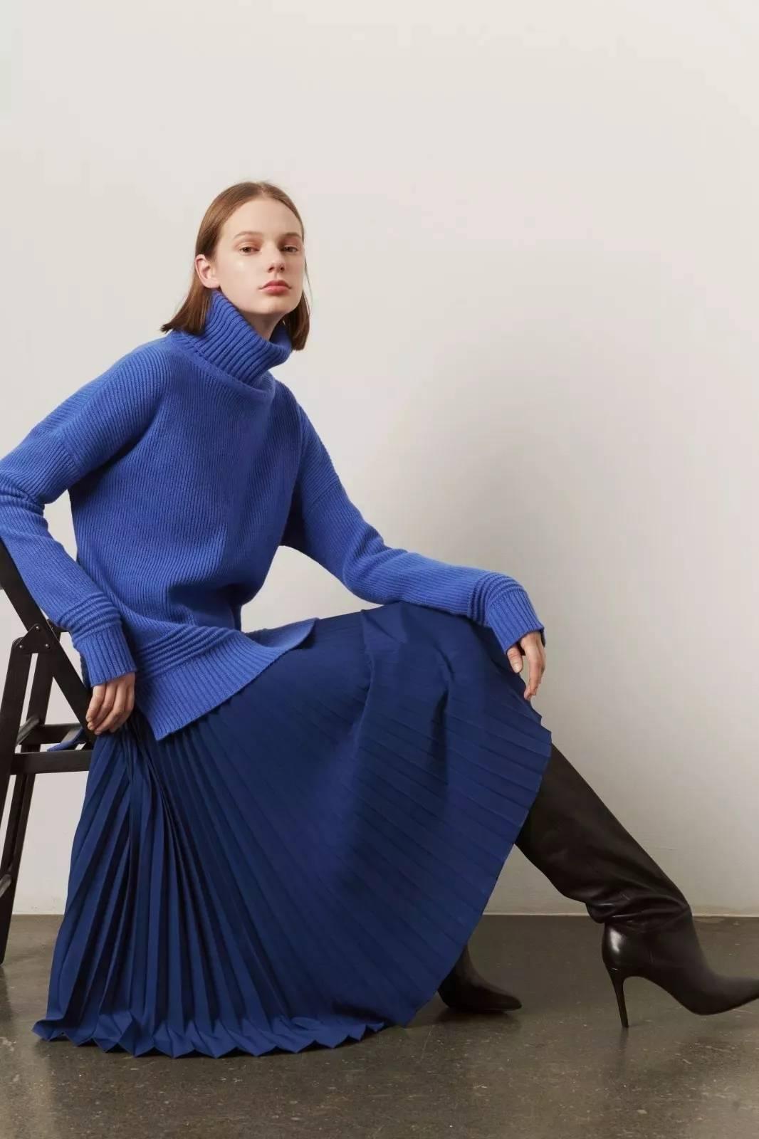 大毛衣+半裙 2020的气质通勤装就靠它了! 时尚家庭 第9张