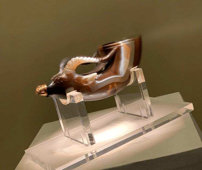 不是天珠却卖出过380万的高价,它堪称玛瑙界的传奇!
