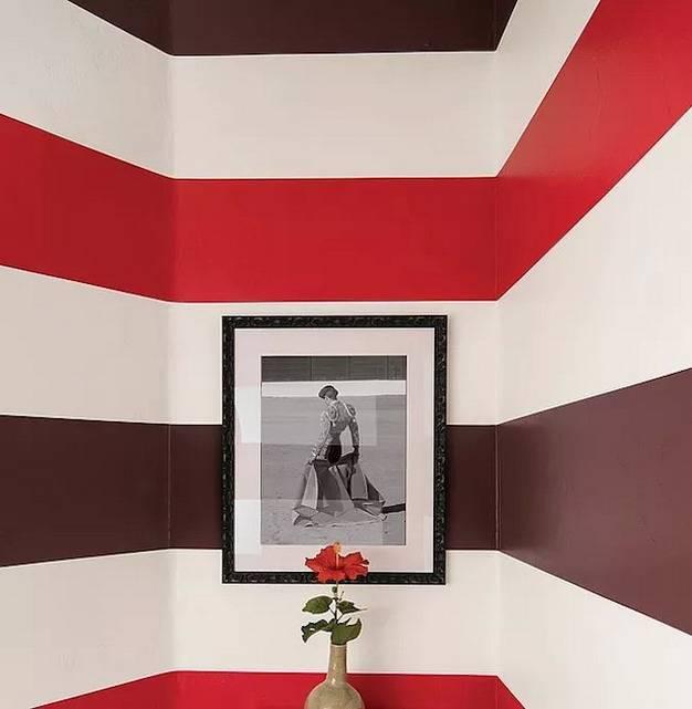 和红色壁纸搭配的11种颜色