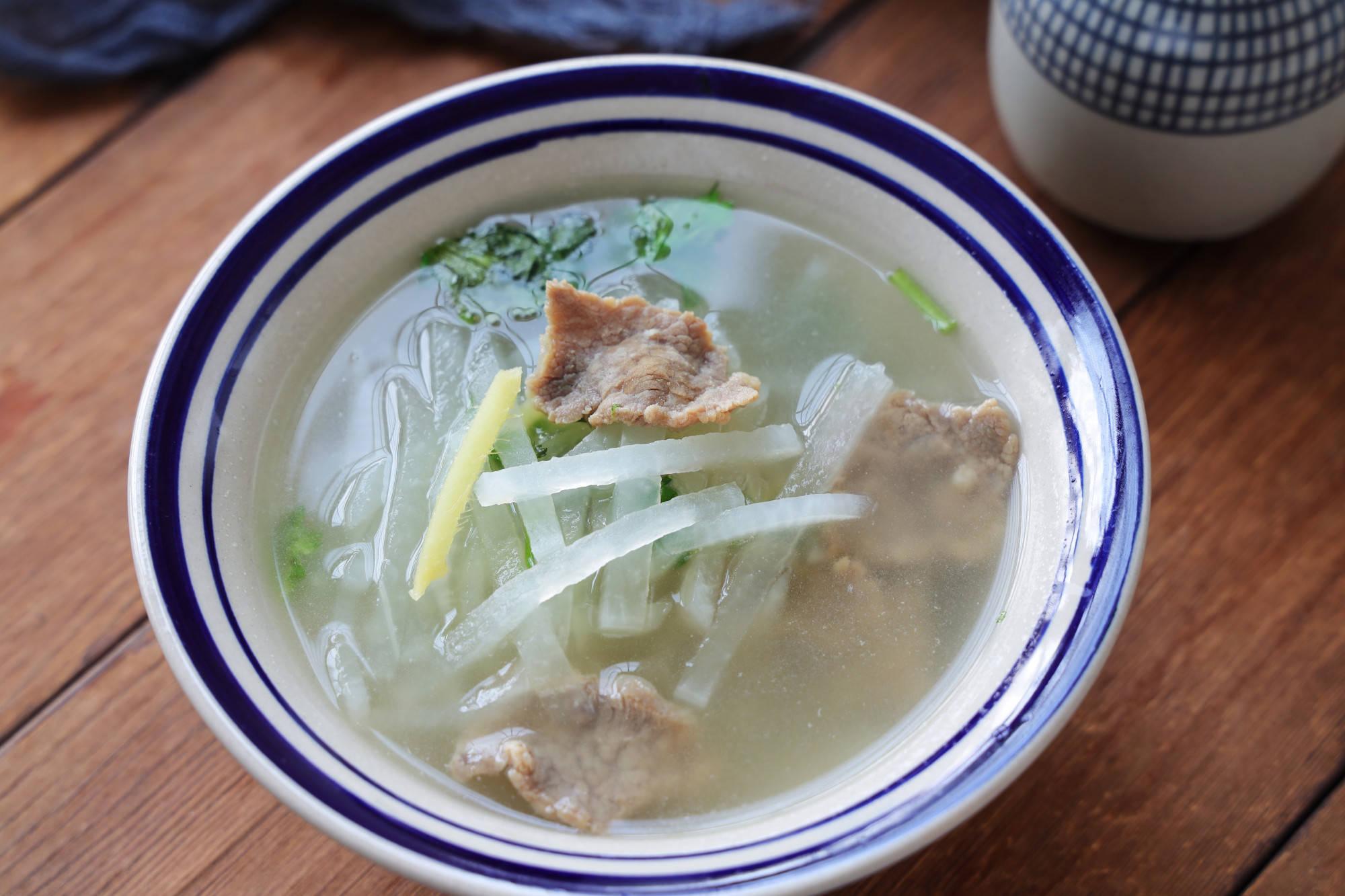 原味冬萝卜人参,简单熬个锅,养胃保暖,越喝越上瘾,超级好吃!