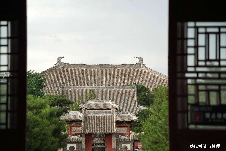 辽宁有个县,旅游名气不大却藏有国宝级文物,可看到中国第一佛殿