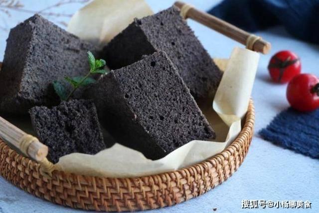 原来还在烤箱里做蛋糕?试试蒸笼!做一个黑米蒸饼,软如蛋糕