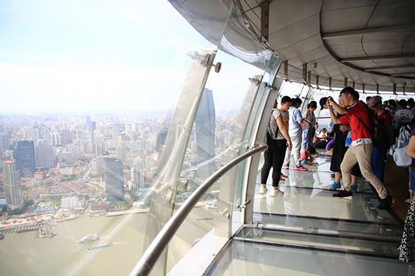 """东方明珠只能登高?""""新基建""""让本地游客认识""""宝藏地标"""""""
