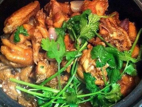 春季美食推荐:红葱头鸡煲,水笋炒海虾,香菇海带豆腐汤的做法