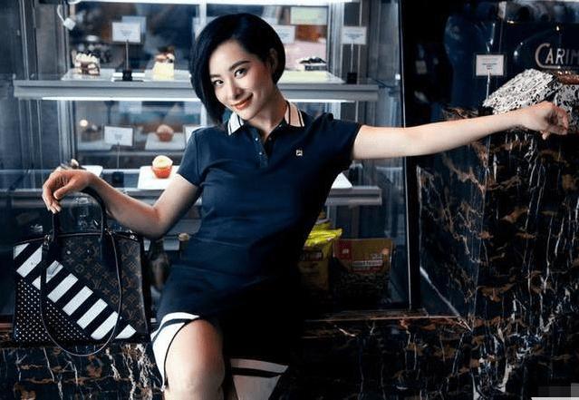 体操皇后刘璇,39岁肤白貌美如少女,嫁教授老公,儿子长相遭质疑