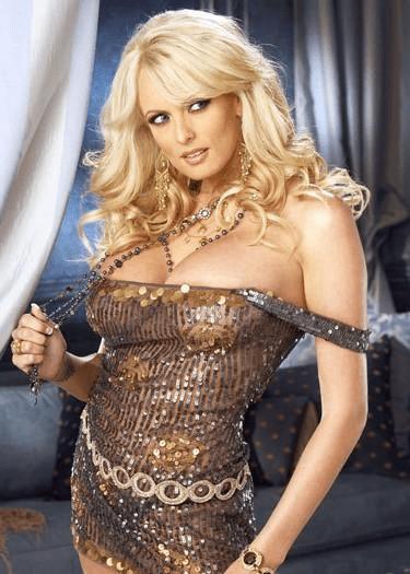 欧美艳星 原创            盘点欧美最性感的六位美女艳星,个个外表美艳,身材劲爆火辣!