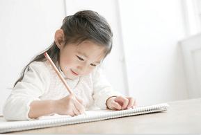 原创父母该不该告诉孩子家里不富裕?一道辩题,撕开传统中国家庭教育黑暗的一面…