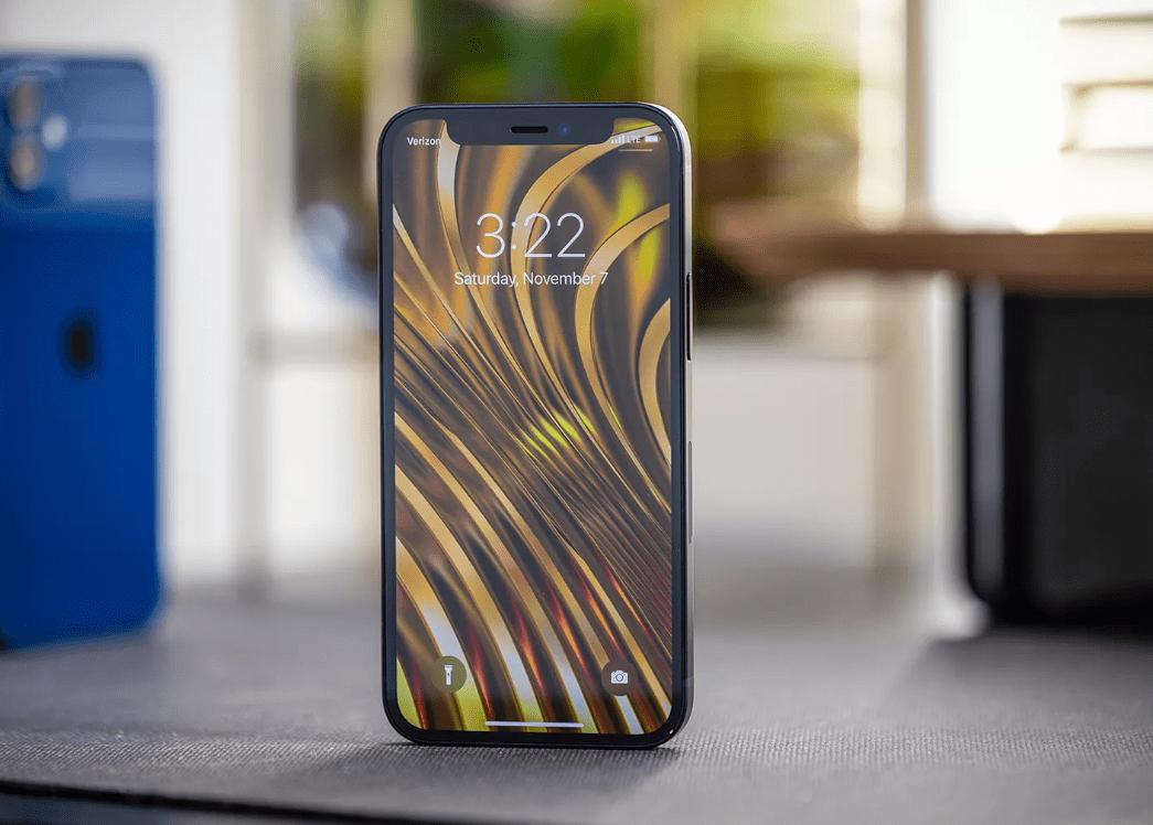 iPhone12 mini最新市场价确认,64GB版本售价亲民,还附送充电器