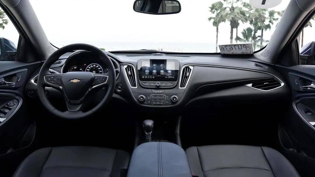 2020网红车盘点,五菱宏光MINI EV一战成名,凯迪拉克CT5颜值出圈