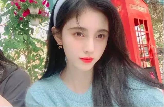 原创             鞠婧祎化妆师曝其脸小不用修容,评论区翻车,化妆师水平被质疑