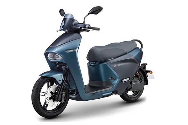 媲美125cc踏板摩托 科幻电摩雅马哈E01即将投产