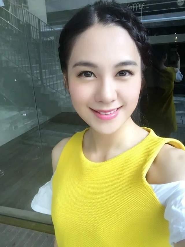 27岁TVB小花走红后绯闻多,被传搭上已婚律师,聊天记录曝光  第3张