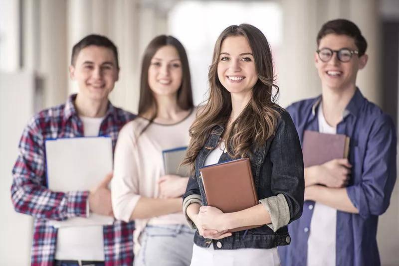 Essay在本科留学申请文书中的重要性解读