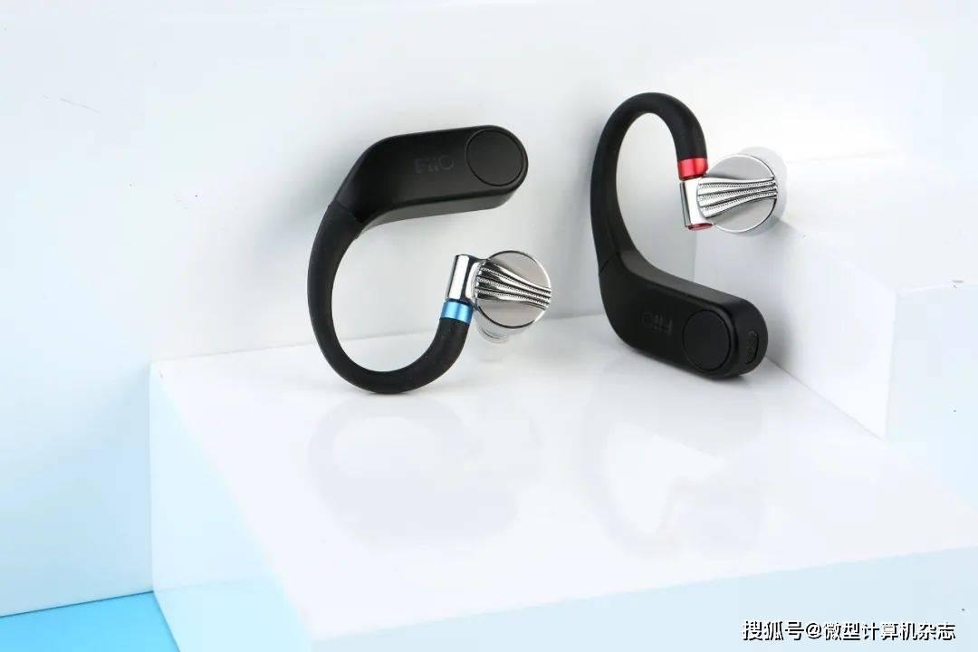 原创             让有线HiFi耳机摆脱束缚,飞傲UTWS3真无线蓝牙耳放