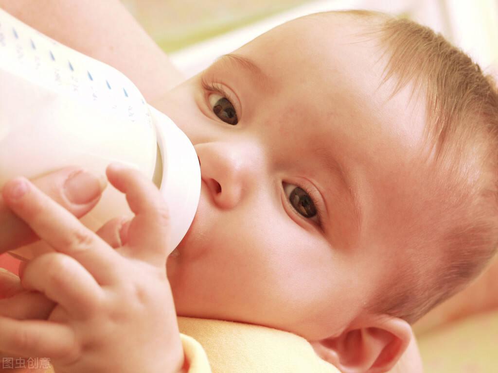 婴儿夜哭怎么办找准原因是关键 安抚宝宝并没有那么难找准婴儿哭闹的原因很重要