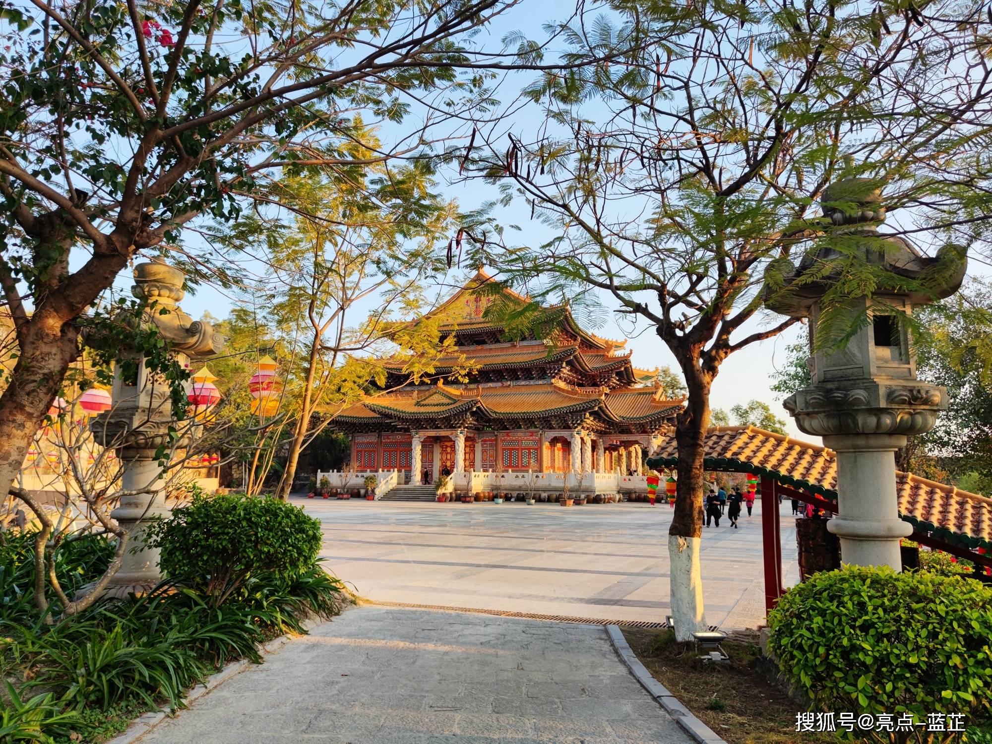 了不起的梅山寺,拥有两个国内之最——石质山门、缅甸白玉佛像  第8张