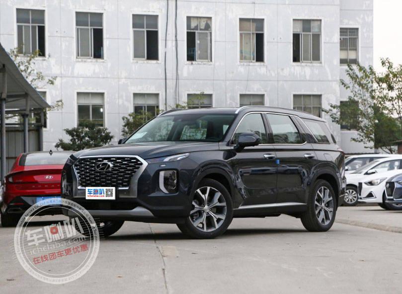手里拿着30万,买了一辆进口SUV,车身近5米,内外惊艳!